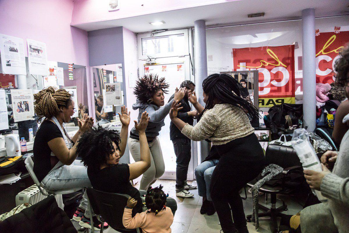Le combat victorieux des coiffeuses sans papiers