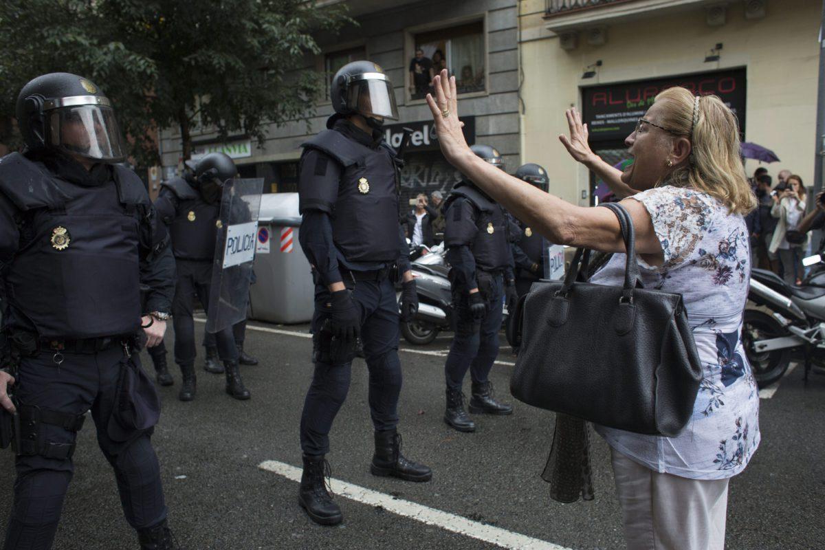 Référendum en Catalogne: trois femmes témoignent