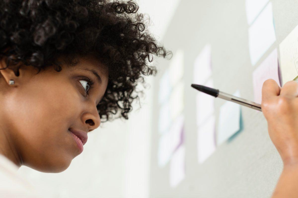 L'emploi des femmes racisées: un parcours semé d'embûches
