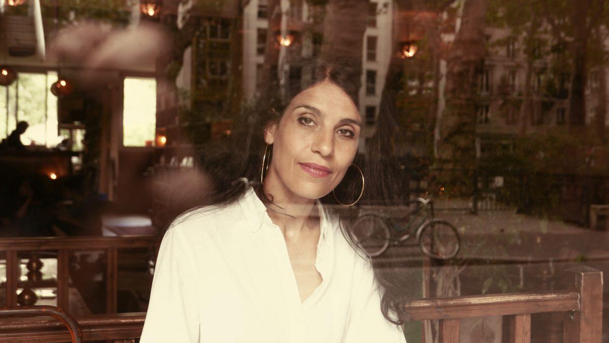Rencontre avec Fatima Ouassak: puissance des mères et stratégie de la victoire